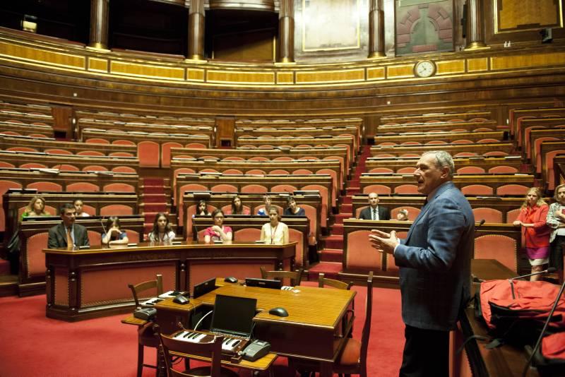 Presidente festa della libreria del senato for Sito senato