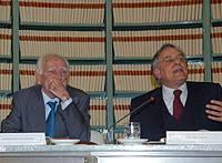 Presentazione dei Discorsi parlamentari di Luciano Lama: il professor Napoleone Colajanni con il Vice Presidente del Senato Cesare Salvi